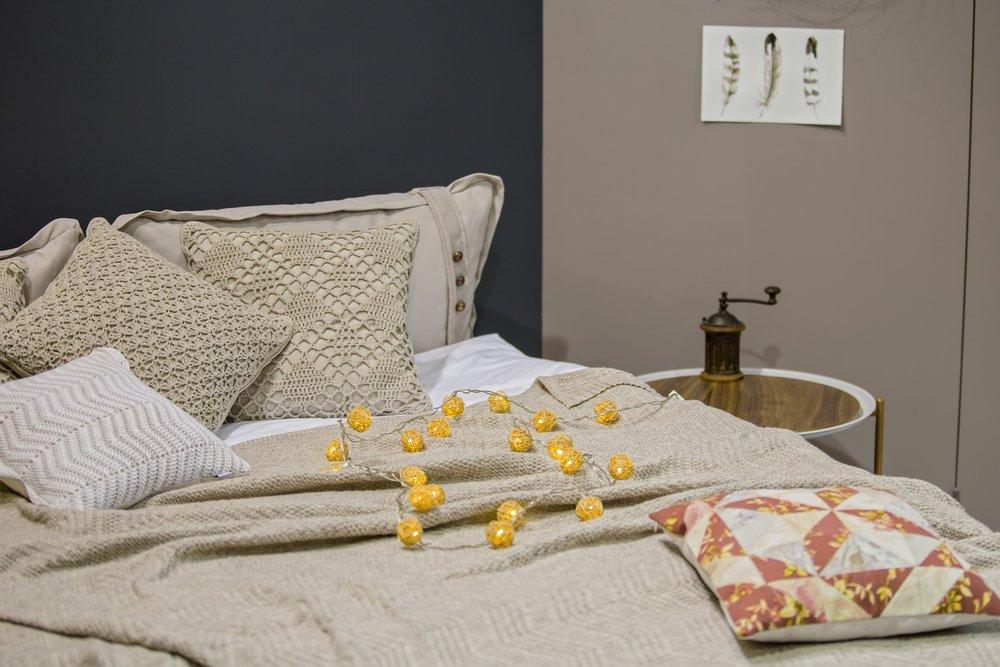 Вязаные декоративные подушки